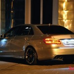 201112261145_mercedes_benz_e_klasse_tuned_by_prior_design_side_rear_view