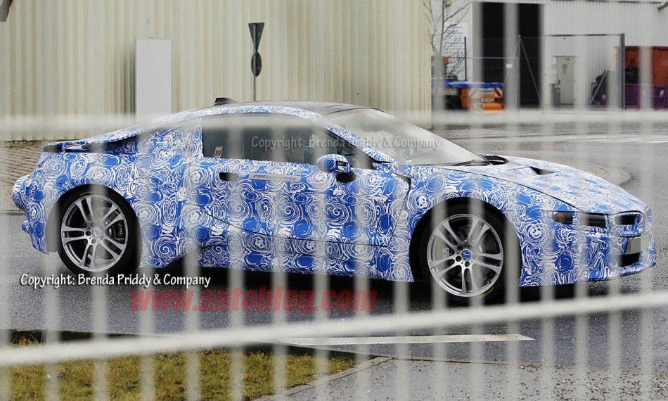«Миссия невыполнима»:  BMW выпустил на дороги гибрид