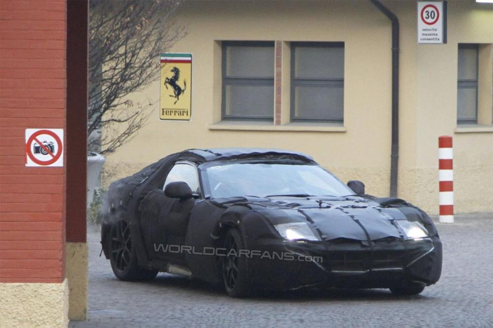 Сногсшибательная новинка от Ferrari (Фото)