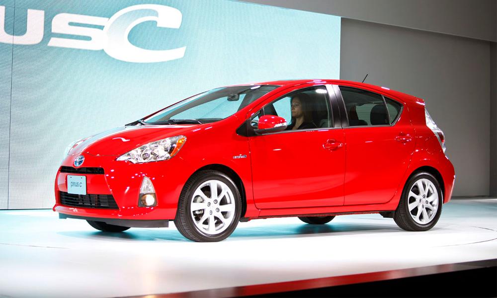 Toyota выпустила маломощный Prius